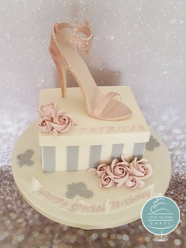 Fabulous sugar shoe and shoebox for Patricia