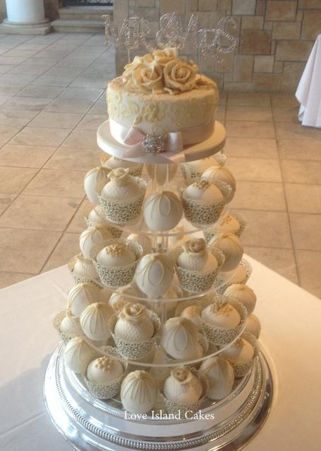 Champagne temari & cupcake tower
