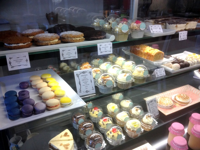 Love Island Cakes fridge display