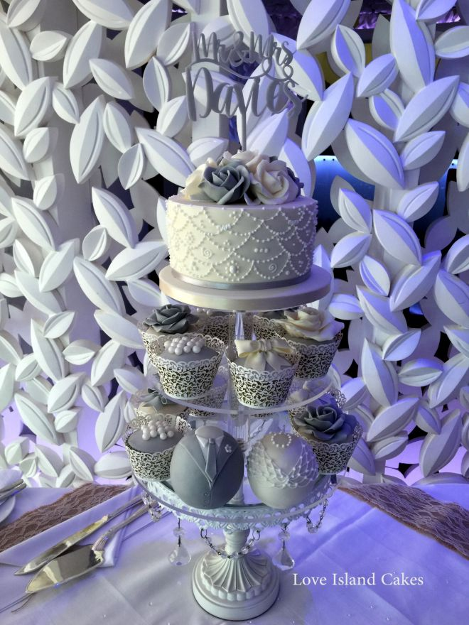Grey & Ivory lace