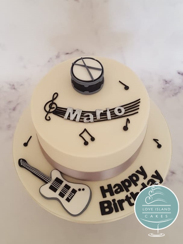 Mario's vegan musical birthday cake