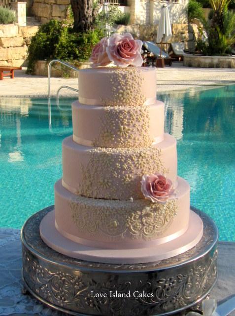 Clemency's Pale Chestnut Sugar Wedding Cake