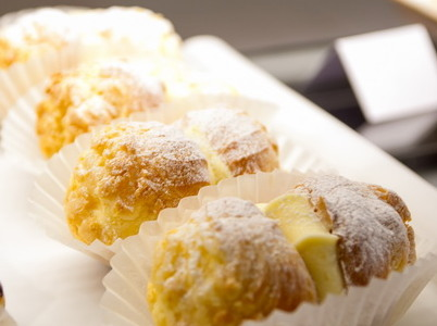 Vanilla Choux Buns