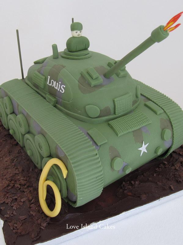 Louis' Tank Cake
