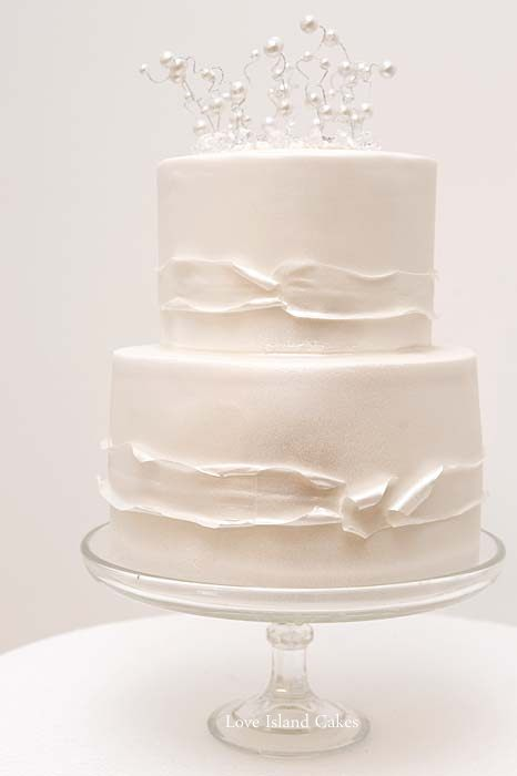 Pearlised Ribbon Wedding Cake