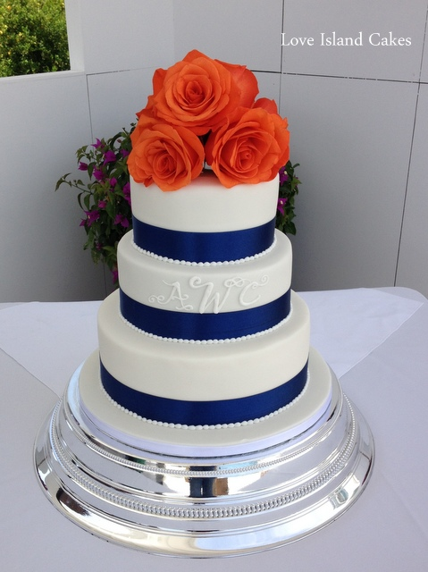 Navy and white with fresh roses